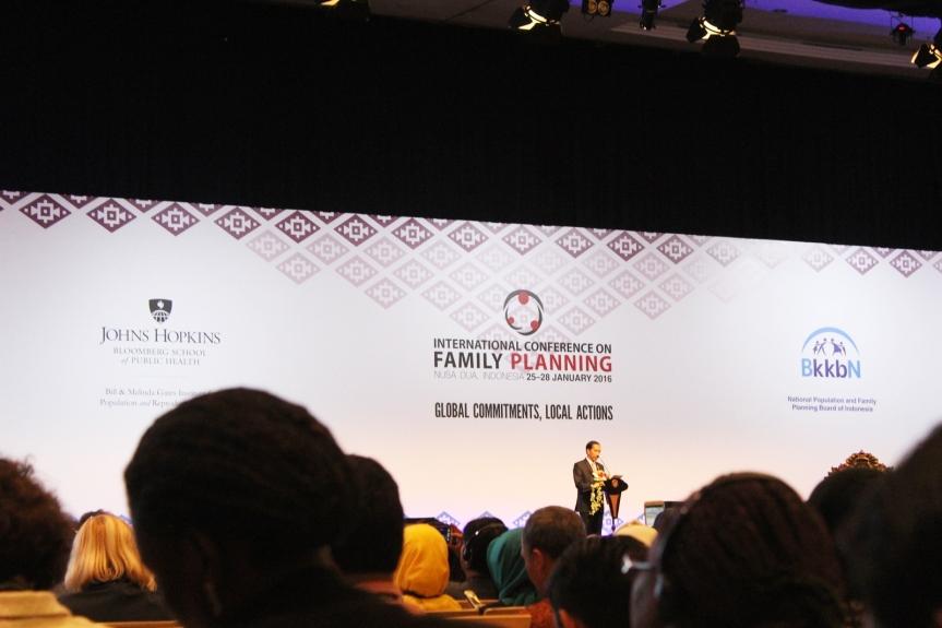 Pengalaman Pertama Mengikuti KonferensiInternasional